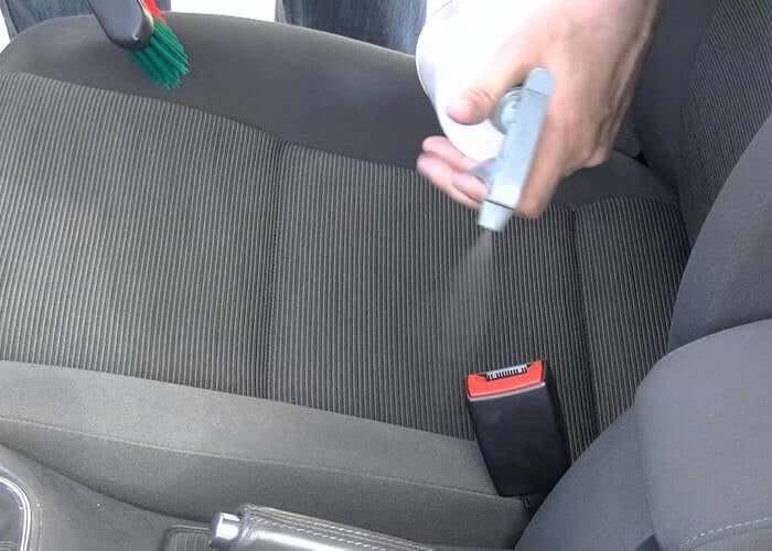 eliminar mal olor de asientos del coche