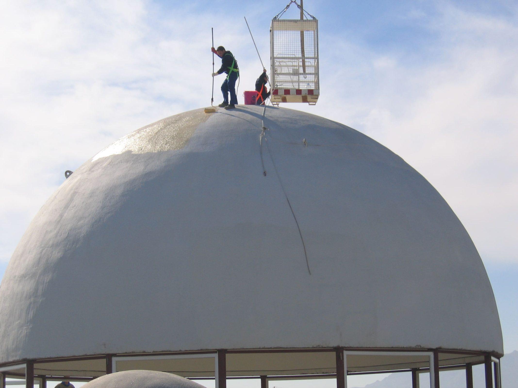 Impermeabilización de cúpula de edificio en Almería (España). Producto: IMPERMEABILIZANTE E-88